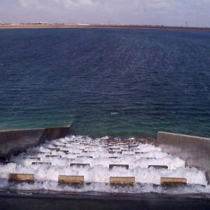 عالم مصرى: ليبيا تسحب من مياهنا الجوفية عن طريق النهر الصناعي