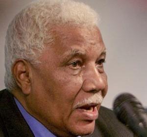 وزير الإعلام السودانى: الثني يزور الخرطوم نهاية الشهر