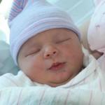 لماذا لا يحتاج الرضيع وسادة أثناء النوم؟