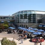 جامعة أميركية تفرض على الطلاب التعري للنجاح