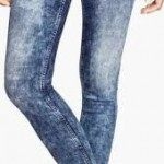 سروال جينز ضيق يصيب امرأة «بالشلل»