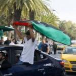 الليبيون ينعشون قطاع السياحة التونسي