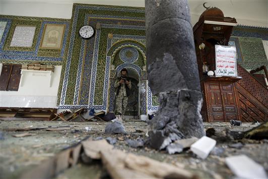 نتيجة بحث الصور عن تفجير مسجد في اليمن