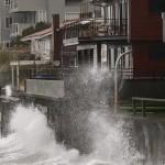 عاصفة تقطع الكهرباء عن 100 ألف شخص بسياتل