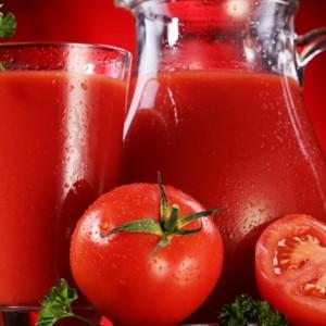 ما هو العصير الأكثر طلبا خلال السفر.. ولماذا؟