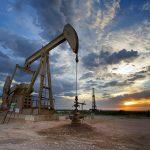 أسعار النفط تقفز لأعلى مستوى هذا العام