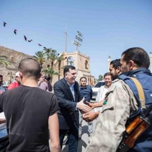 أعيان ليبيا يطالب الرئاسي بالتدخل للإفراج عن المعتقلين في السجون