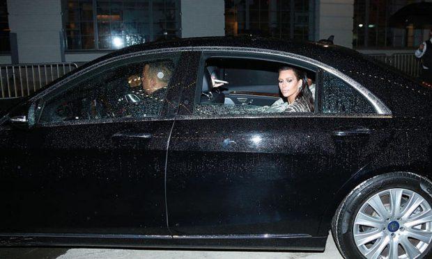 كاردشيان تعرضت للسطو بينما كانت في باريس