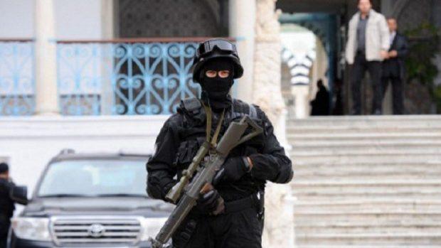 أرشيفية لرجل أمن تونسي