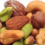 20 غراما من المكسرات يوميا تقلل خطر السرطان والقلب