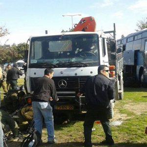 القدس المحتلة.. عملية دهس تقتل 4 جنودٍ إسرائيليين
