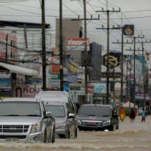19 قتيلا جراء فيضانات تايلند