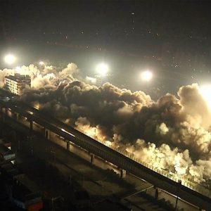بـ5 أطنان من المتفجرات.. تدمير حي بأكمله في الصين في 10 ثوانٍ