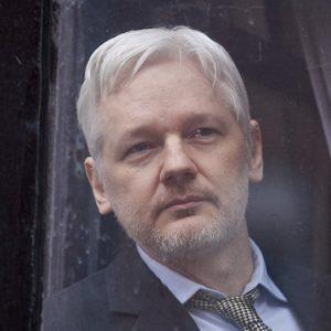 مؤسس ويكيليكس يضع شرطاً لتسليم نفسه