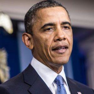 أوباما يمدّد حالة الطوارئ في ليبيا