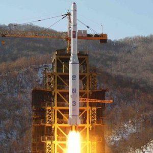 كوريا الشمالية تحذر من اندلاع حربٍ نووية