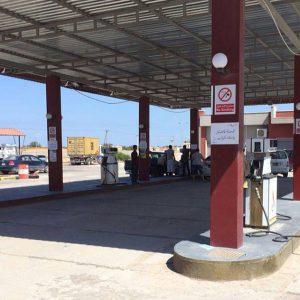 طرابلس.. التزوّد بالوقود عبر البطاقة المصرفية قريباً