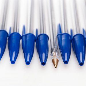 الصين.. أول قلم حبرٍ جاف بمكوناتٍ محلية كاملة