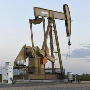 أسعار النفط ترتفع مع مراهنات قياسية