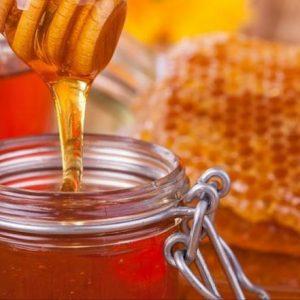 العسل.. حقائق غذائية وفوائد ومحاذير