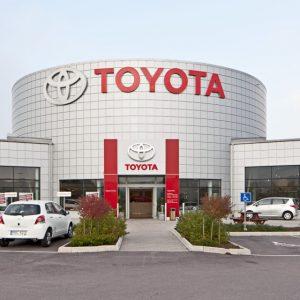 تويوتا تتجه إلى بناء مصنعٍ في السعودية