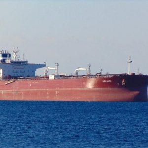 تصدير 630 ألف برميل نفط من ميناء الزويتينة إلى إيطاليا