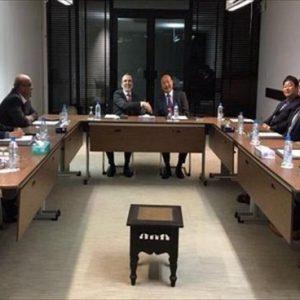 صنع الله يلتقي سفير الصين ومسؤولي شركة يونيبيك