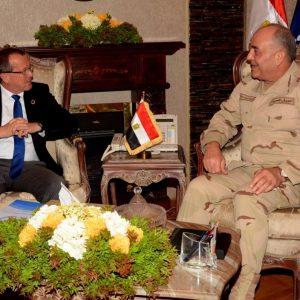 الفريق حجازي يبحث مع كوبلر تطورات الوضع في ليبيا