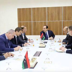 الأوضاع الأمنية في ليبيا محور مباحثات بين معيتيق وباولو سيرا