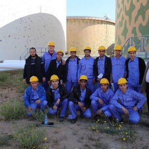 زيارة طلبة معهد النفطي لمستودعي طرابلس والهاني النفطيين