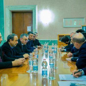 من روما.. السويحلي يطالب بالتحقيق في جرائم الحرب في بنغازي