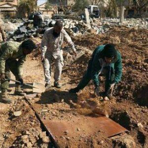 كوبلر يلوح بمحاكمة دولية لمنتهكي القبور في بنغازي