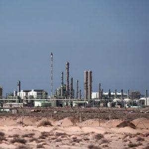 تصدير أول شحنة نفط من ميناء السدرة بعد أحداث الهلال النفطي