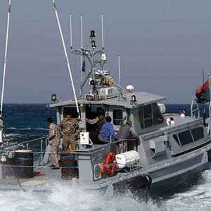 قوات الكرامة تُوقف جرافتين إيطالية ويونانية قبالة ساحل درنة