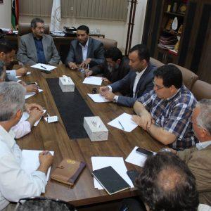 عميد بلدية بنغازي يجتمع بالمدير التنفيذي لشركة الكهرباء لتذييل المشاكل والصعوبات