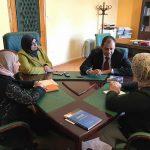 وزير التعليم يلتقي مجموعة نساء