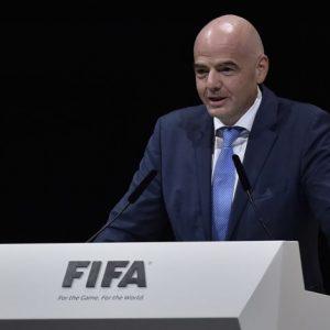 إنفانتينو: الفيفا لم يفكر بسحب المونديال من قطر