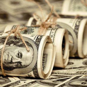 الدولار يصعد في ليبيا بعد«صيام طويل»