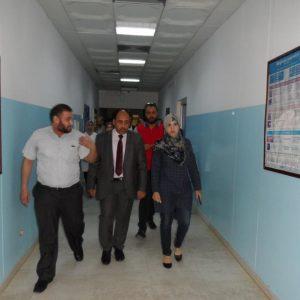 وزير الصحة يزور مستشفى العيون ويتعهد بمعالجة المشاكل والعراقيل