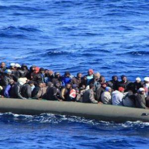 في احصائية أولية: إنقاذ تسعة آلاف مهاجر وانتشال عدد كبير من الجُثَث