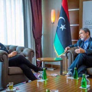 كورمي خلال لقائها بالسويحلي : الرئيس الفرنسي يضع الأزمة الليبية بأولوياته