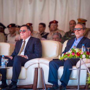 رئيسا مجلسي الدولة وحكومة الوفاق يحضران حفل تخريج الدفعة الأولى من الحرس الرئاسي