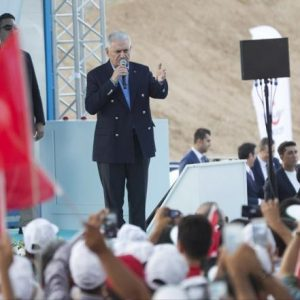 يلدرم: إنخفاض في معدل التضخم والبطالة بتركيا