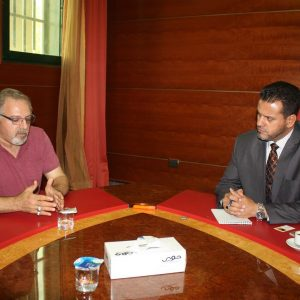 وكيل الصحة يجتمع مع رئيس مكتب اللجنة الدولية للإغاثة بليبيا