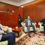 وزير المواصلات و وكيل الوزارة يجتمعان مع رئيس ديوان المحاسبة