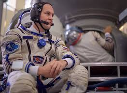 تصريحات مُثيرة لرائد فضاء روسي حول رؤية مكة من الفضاء