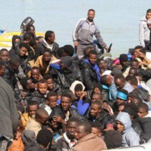 رئيس جهاز مكافحة الهجرة غير الشرعية يصدر عدد من القرارات الخاصة بالجهاز