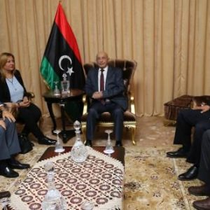 «رئيس مجلس النواب» يلتقي وفداً «إيطالياً» في «طبرق»