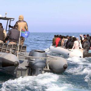 خفر السواحل: وفاة عشرات المهاجرين قبالة زوارة
