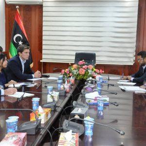 اجتماع بين مختصين بوزارة العدل وسفارة المملكة المتحدة لدي لدى ليبيا